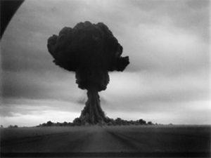 La fotografía muestra el primer ensayo nuclear realizado por la URSS el 29 de agosto de 1949 en el sitio de pruebas de Semipalátinsk.