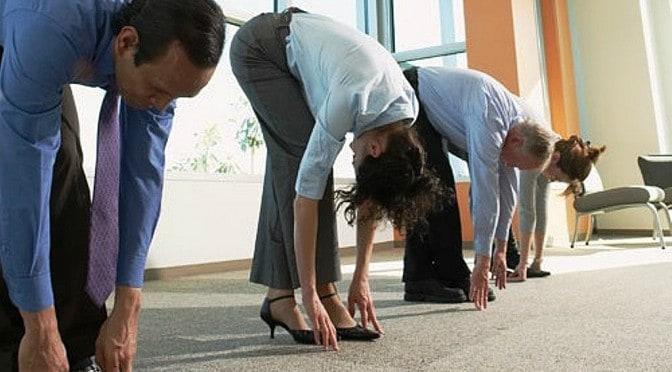 yoga-en-el-trabajo.jpg